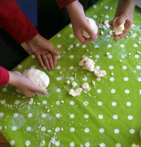 play-dough-science-experiment